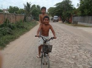 カンボジアの子供5.jpg