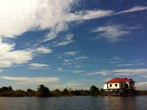 トンレサップ湖4.jpg